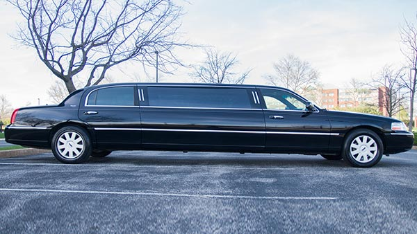8 Pax Stretch Limo